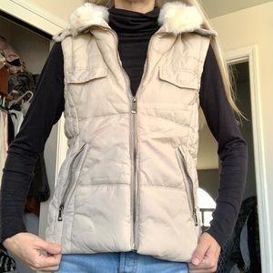 Zara Trafaluc Cream Fur Collar Knit Puffer Vest